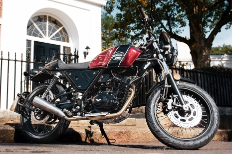 A unique cafe racer with a dash of scrambler